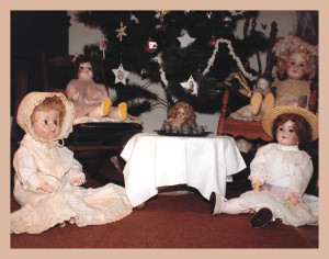 Jigsaw puzzle image Dolls exhibit on English Road